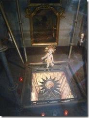NLM photo of Nino under Altar in Bamberg, Austria.